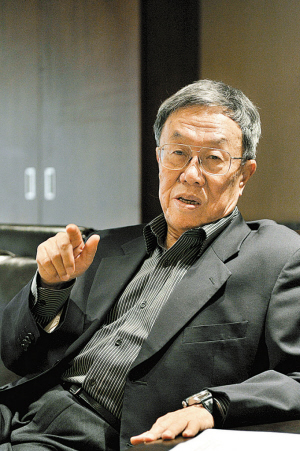 Wang Meng will become the first writer-in-residence at the University of Macau