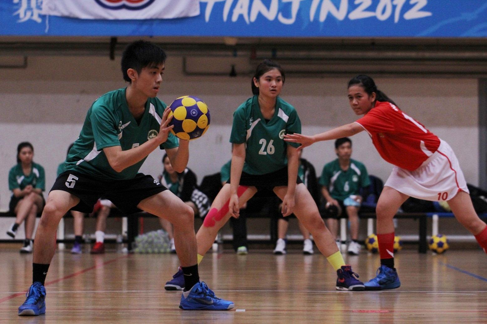 周家裕對印尼隊時組織自由球進攻