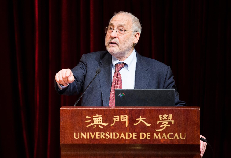 Nobel laureate Prof. Stiglitz gives a talk at UM