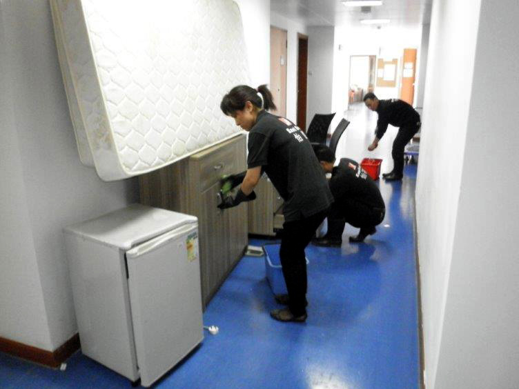 A thorough cleaning of each residential college during recess