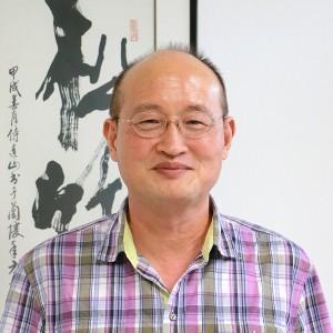 侍建國教授