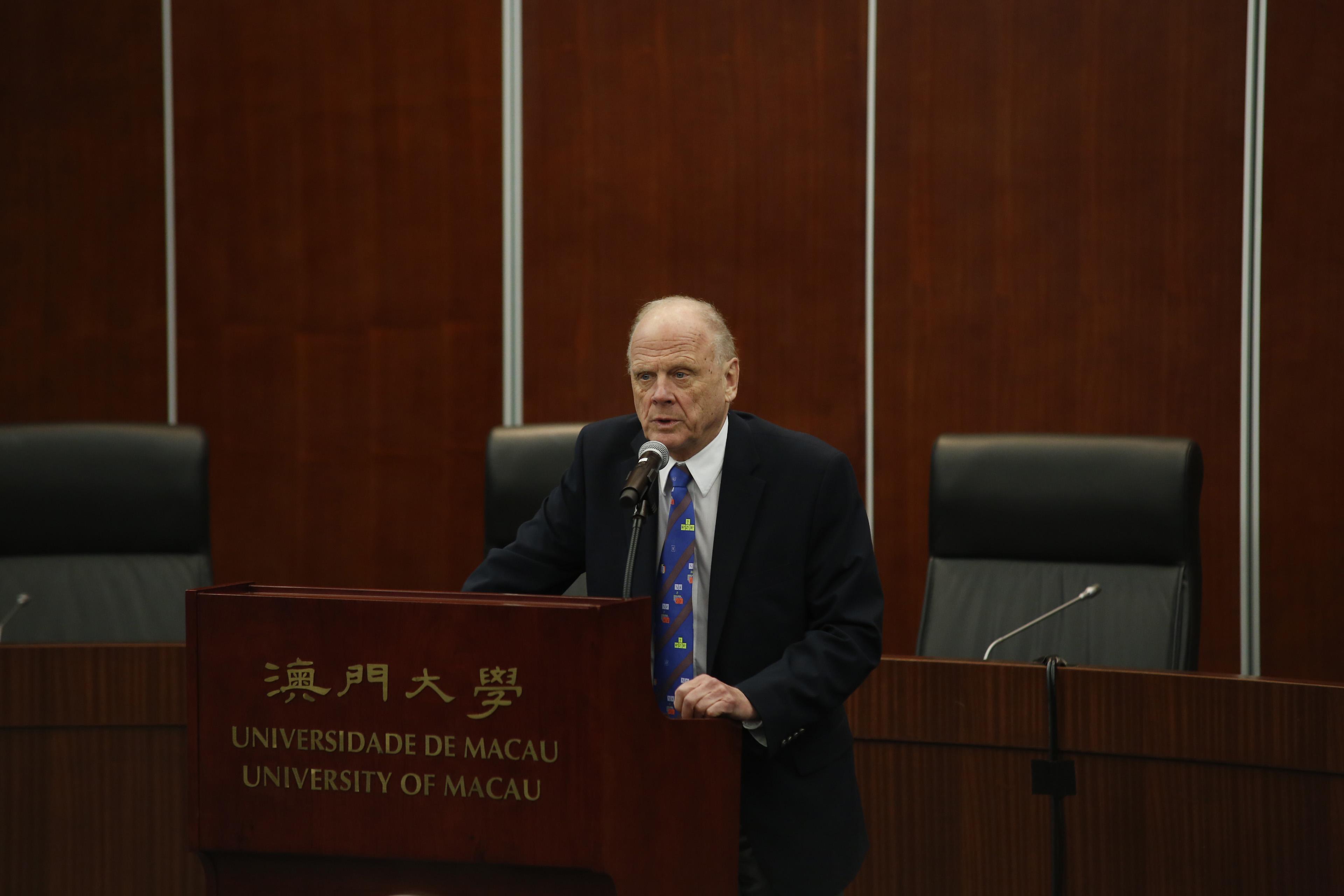諾貝爾物理學獎評審委員會前主席Lars Brink教授