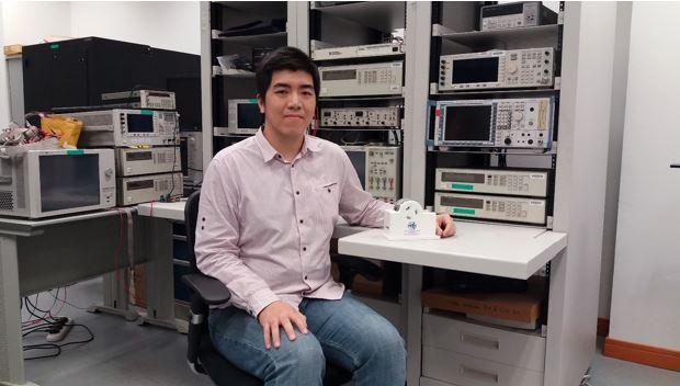 首位澳大濠江學者獲邀哈佛訪問學者並獲博士生成就獎