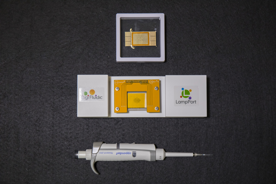 The in-vitro diagnostic (IVD) tool developed by UM researchers that can perform a rapid diagnostic test for infectious diseases