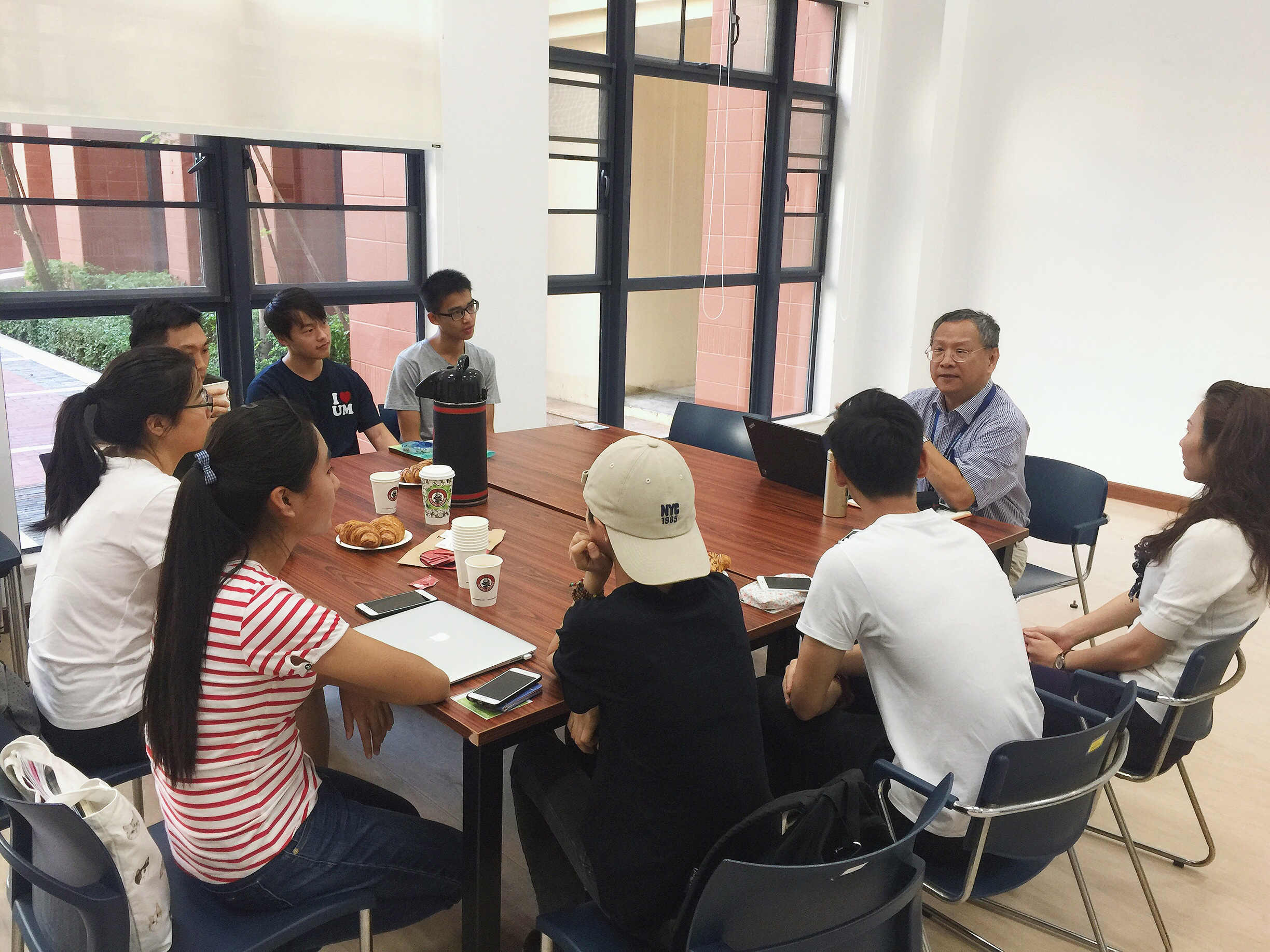 Prof Jerome Yen often holds meetings with students to discuss their entrepreneurial plans