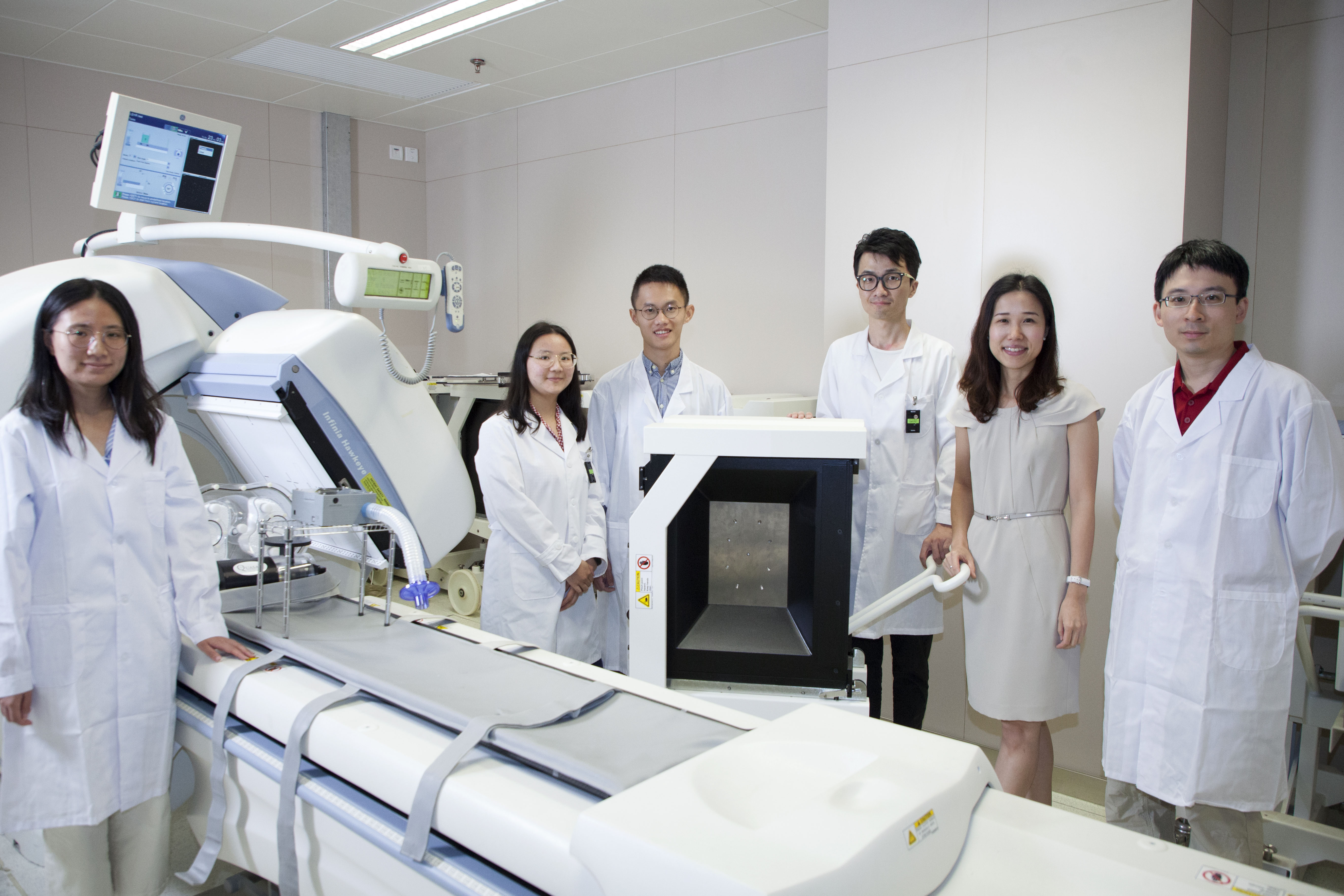 Prof Mok's research team focuses on the development of nuclear medical instrumentation, methods of medical imaging generation, and subsequent processing and analysis techniques.