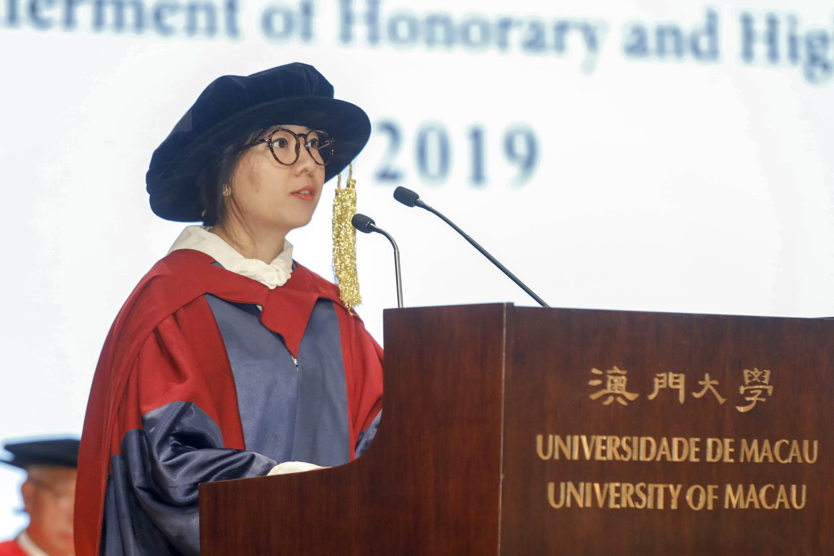 Liu Yifan thanks the university for its quality education