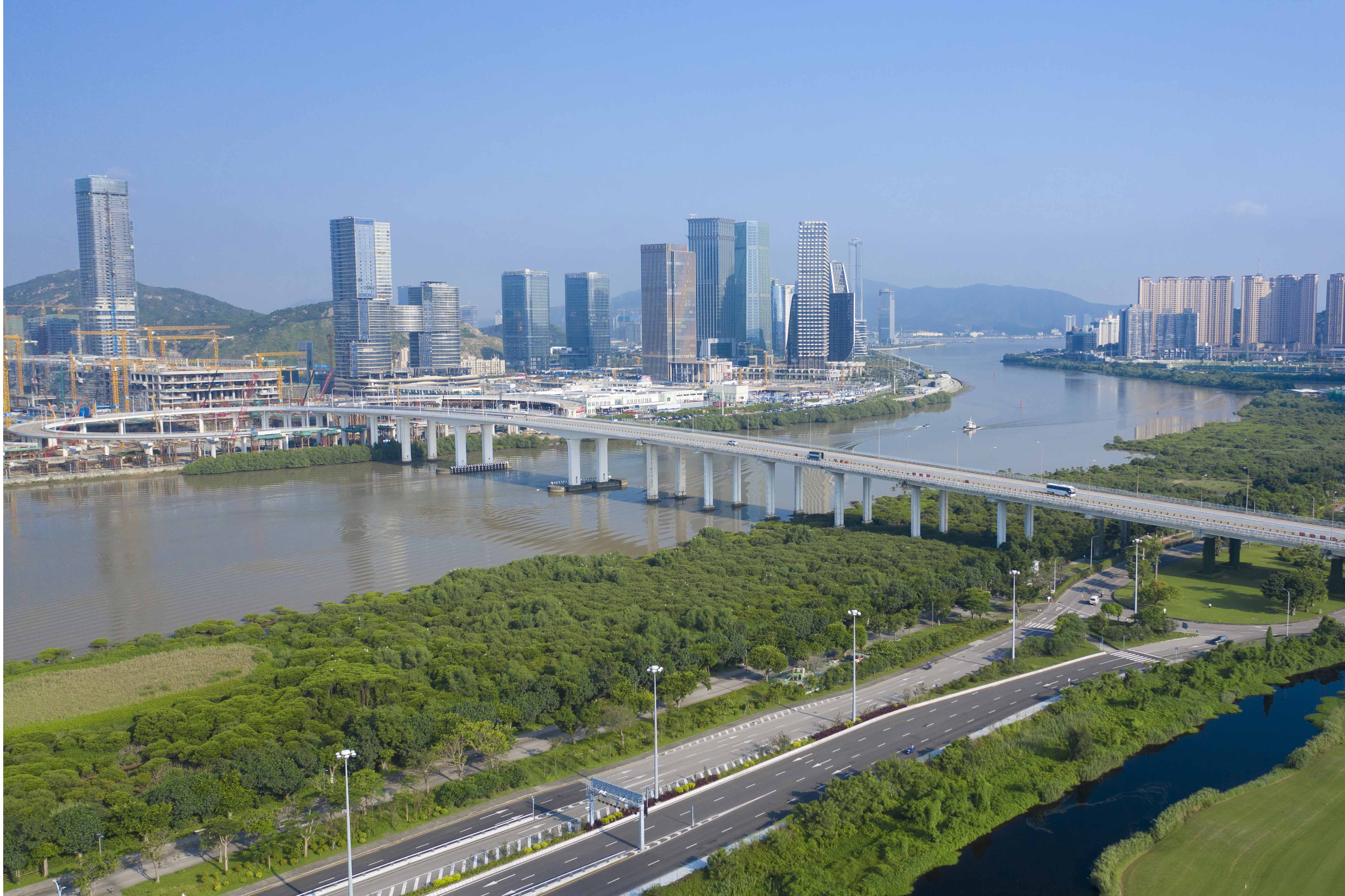 UM wins first prize of sci-tech progress award for joint project with Hengqin
